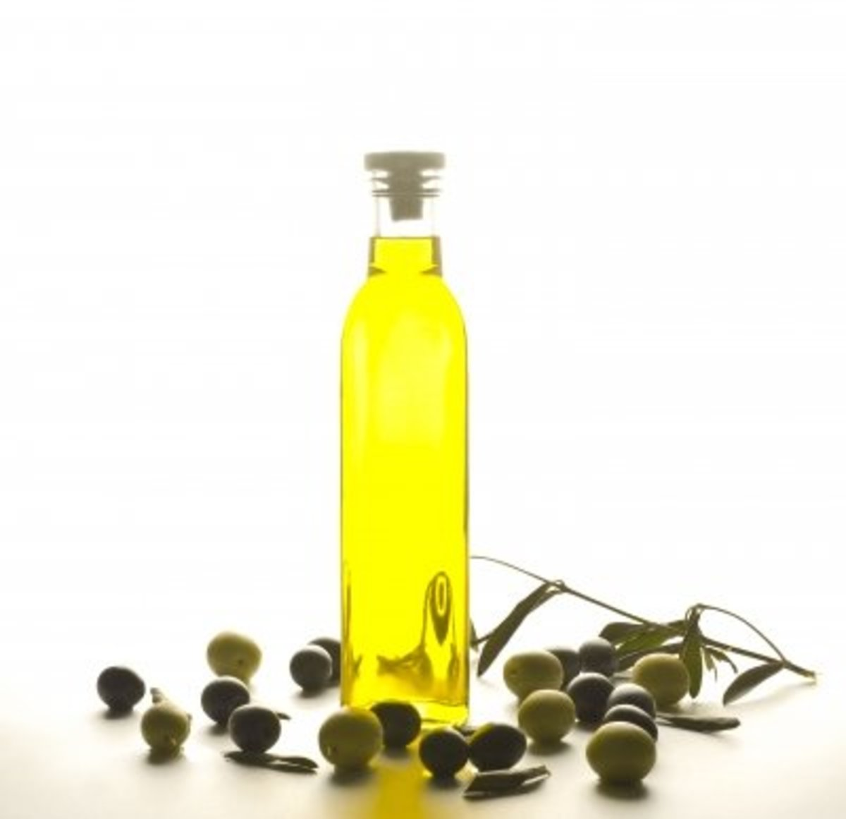 Organic skin care ingredients are the best to use, if possible, as they are 100% chemical-free.