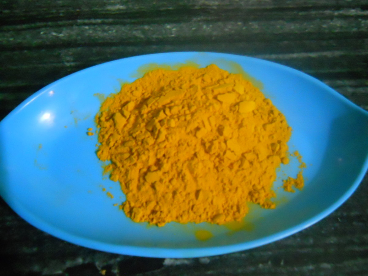 Turmeric can help with dark spots, blemishes, acne, pigmentation, wrinkles, stretch marks, and cracked heels.