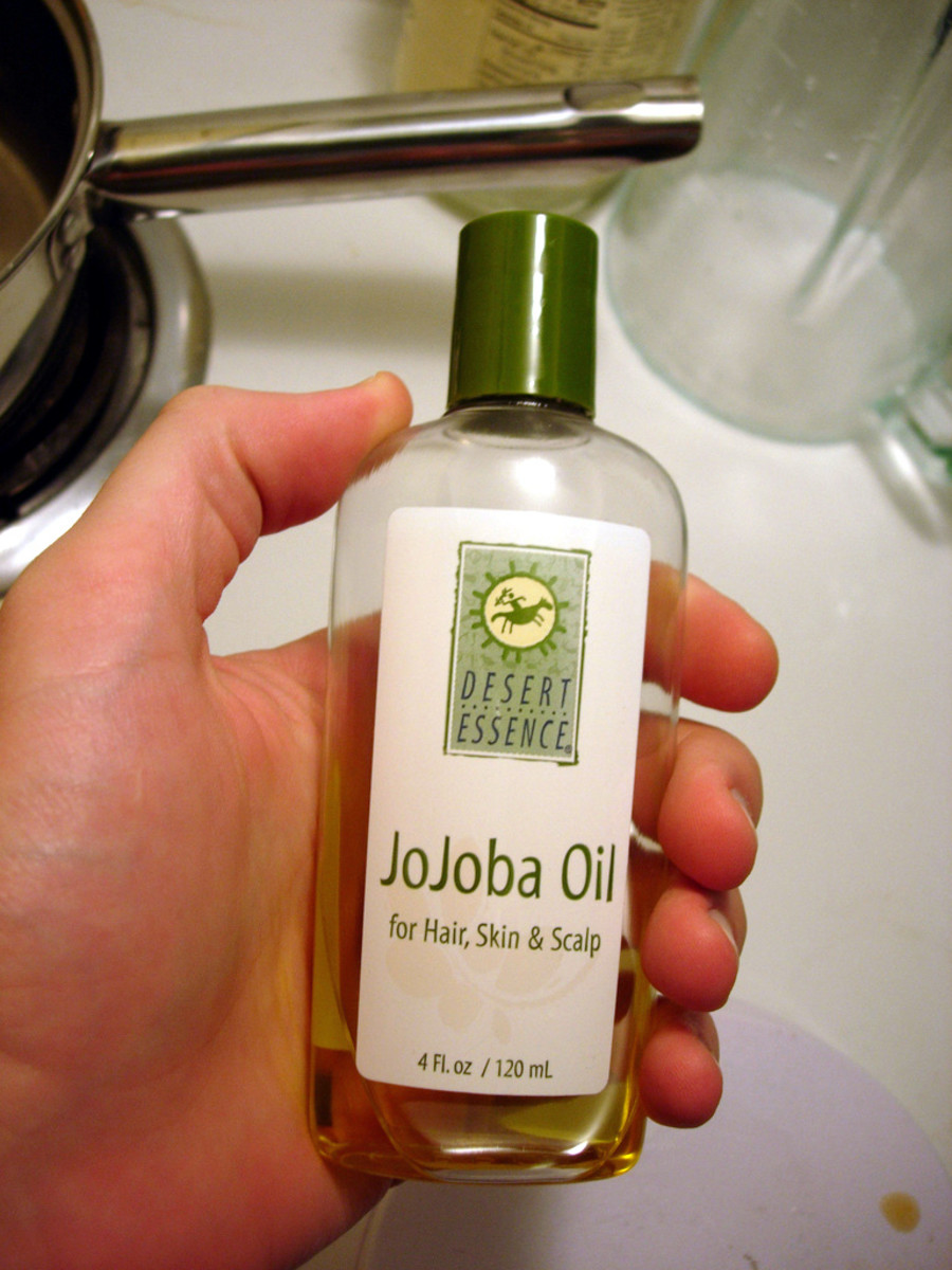jojoba oil extracted from the seeds is odorless, colorless and stable. A widely used carrier oil in aromatherapy and cosmetics.