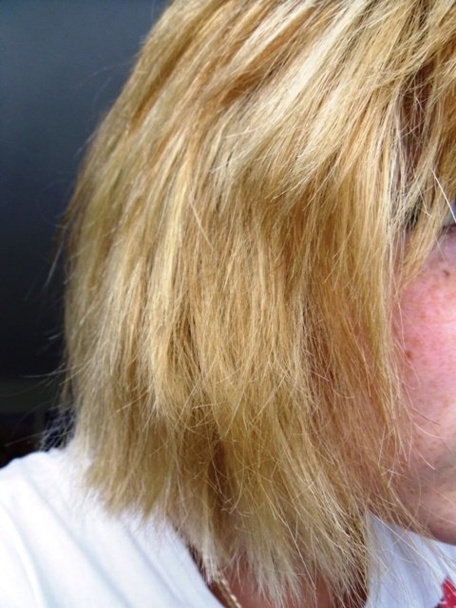 top nine mistakes made when bleaching hair at home