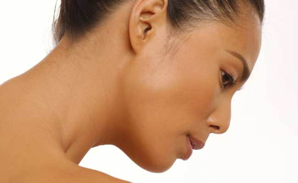 Firm skin and reduced wrinkles are among the benefits of using a facial brush.