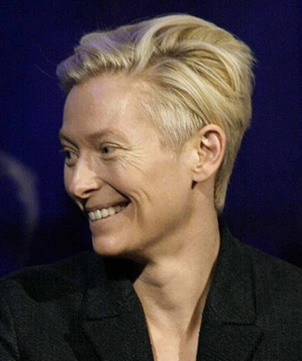 Tilda Swinton with a Side Undercut.