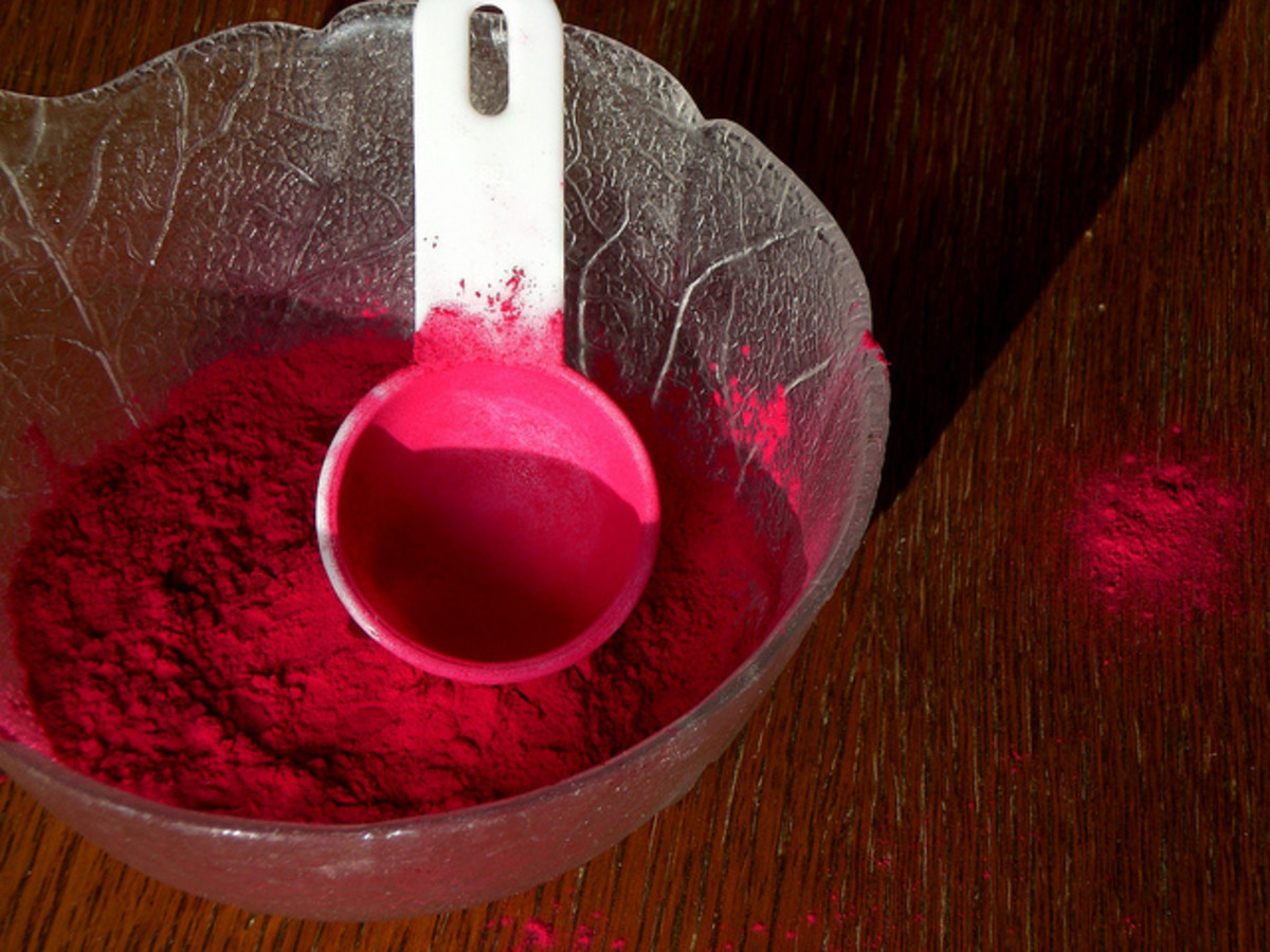 Root beet powder can add a beautiful tint of red to your DIY lip balm.