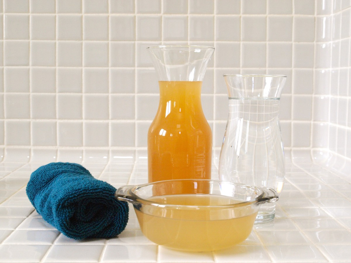 And for homemade conditioner, all you need is apple cider vinegar and water.