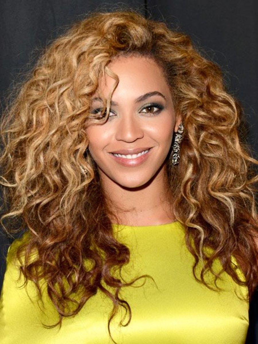 Beyonce's effortless curls!