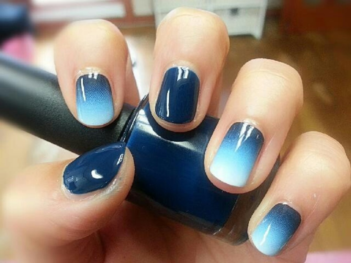 Ombre blue nails.