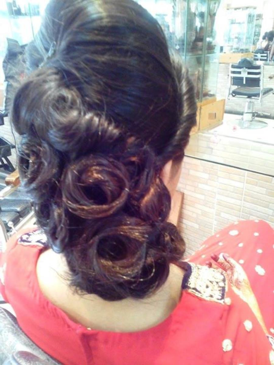 Lovely hairdo for brides