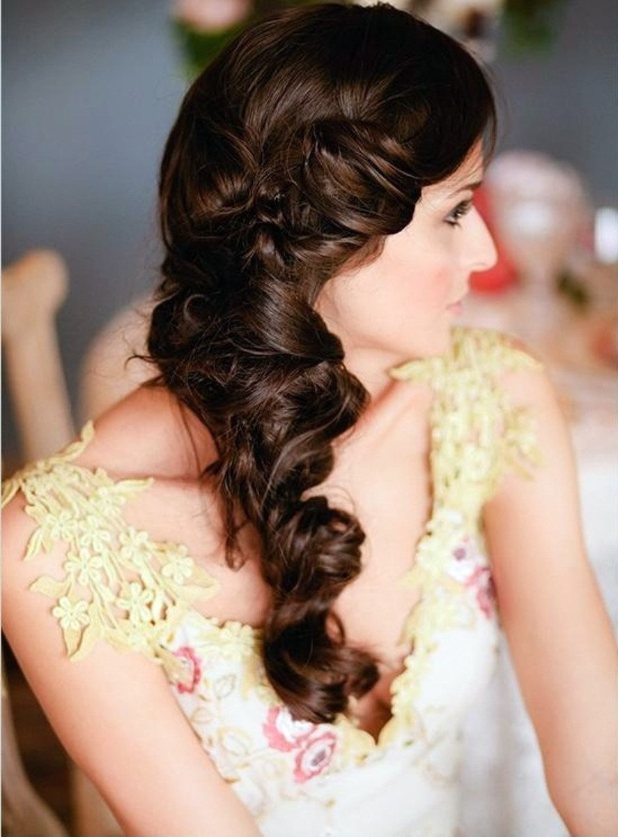 This hairstyle can be done for an engagement ceremony as well as a wedding ceremony in Bangladesh.