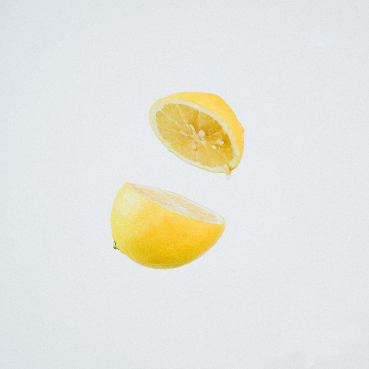 Lemon doesn't just lighten hair, it also strips it of excess oil!