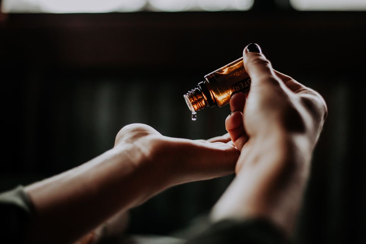 Contrary to what you may believe, oils ARE good for the skin!