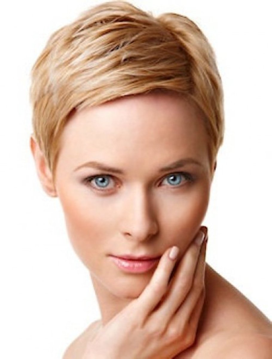 This pixie style cut is a great way to accentuate facial features.