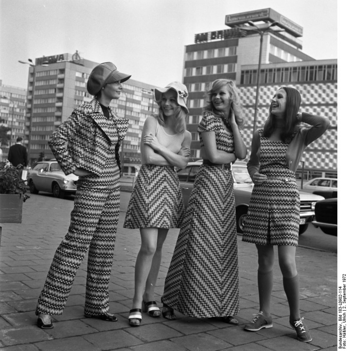 Clothing History Fashion And Style In The 1970s Bellatory