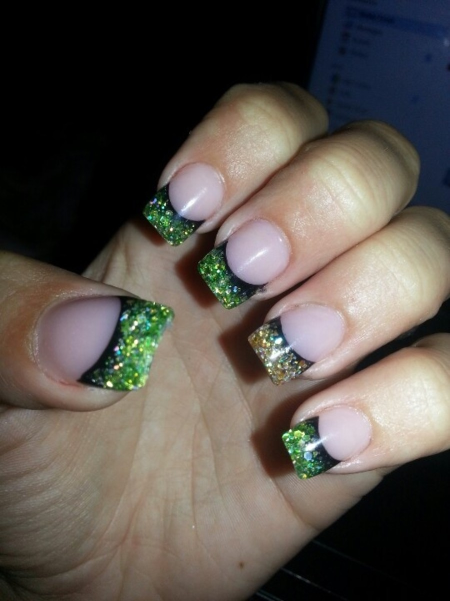 sparkled nail tips