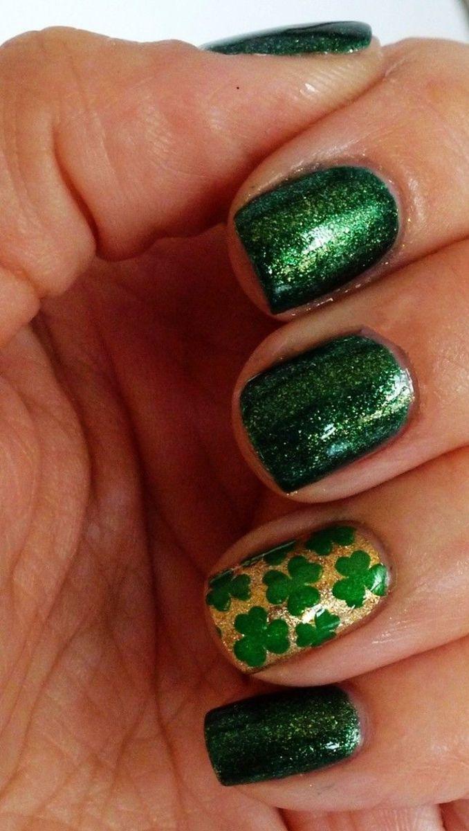 glitter green nails