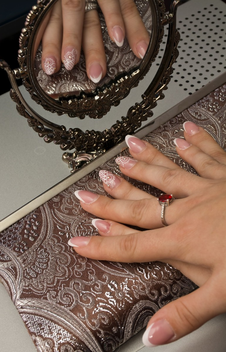 A nail soak with a brightening effect is particularly important if you want to wear clear nail polish or none at all.