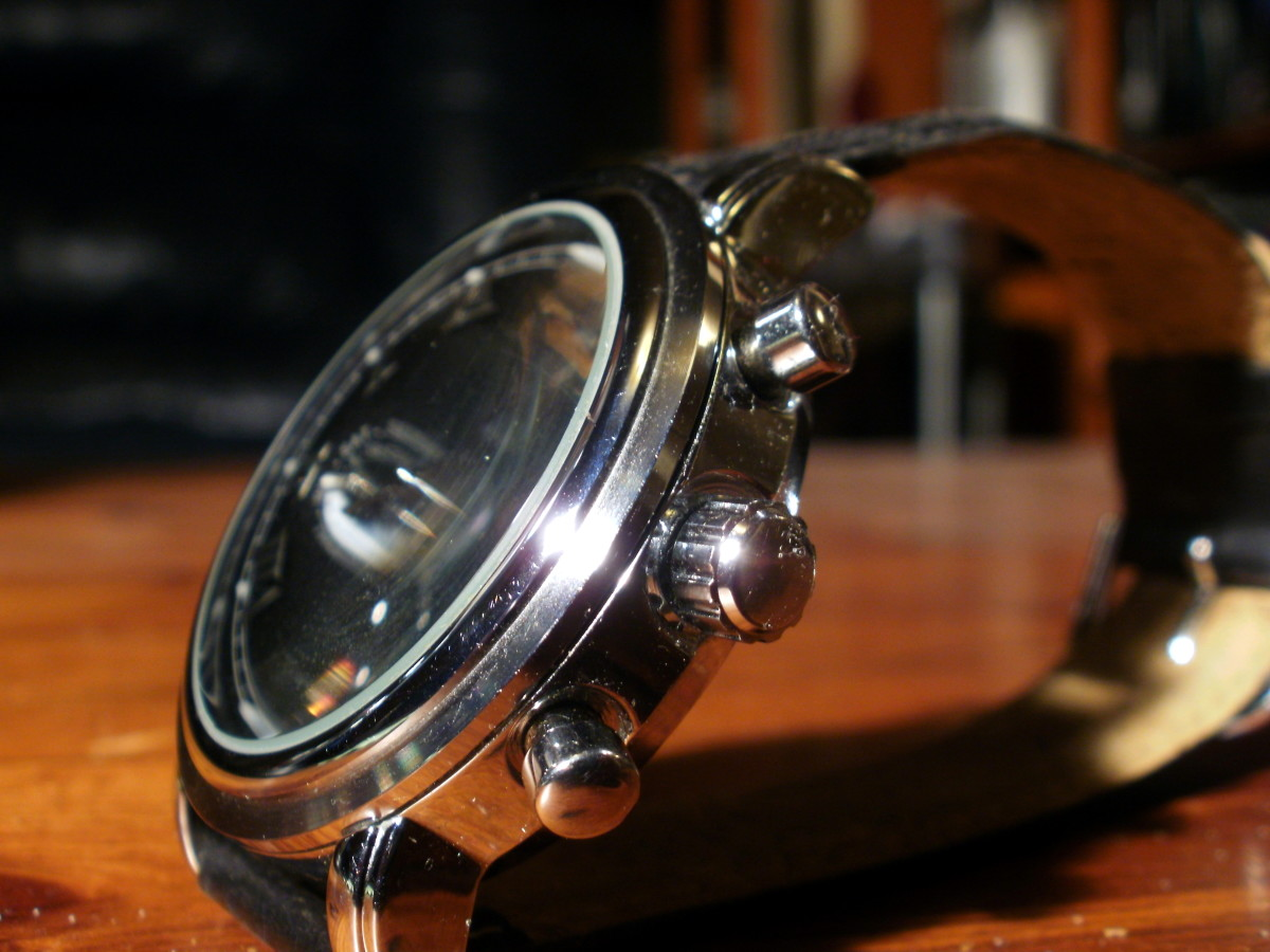 review-of-the-jaragar-jr13-mens-automatic-watch-with-calendar-and-moon-phase