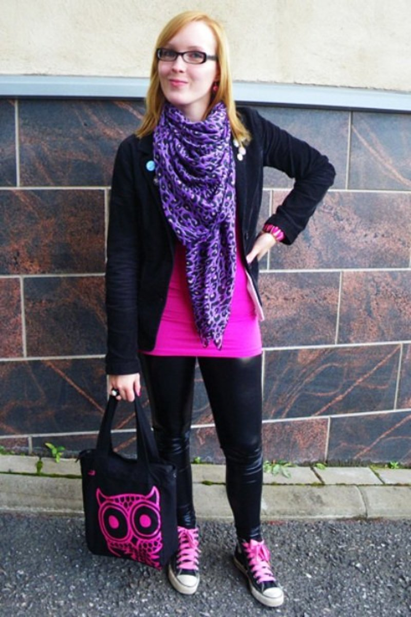 Outfits with black leggings