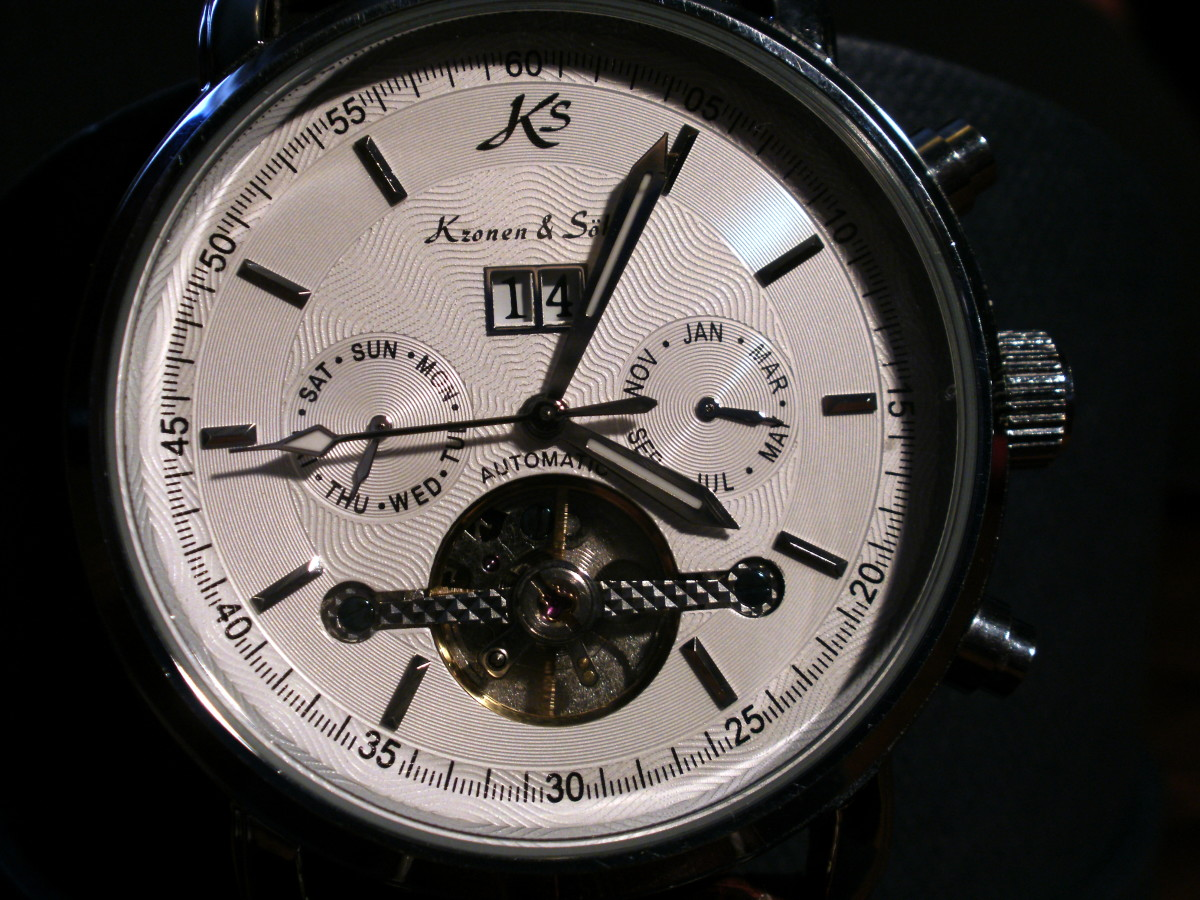 review-of-the-ks-tourbillon-automatic-mechanical-date-white-dial-mens-sport-wrist-watch-ks04