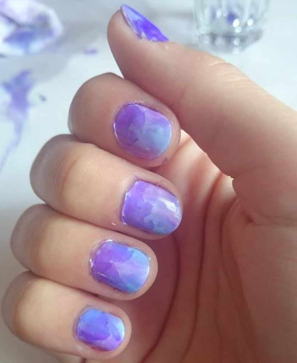 Marbled sharpie nails