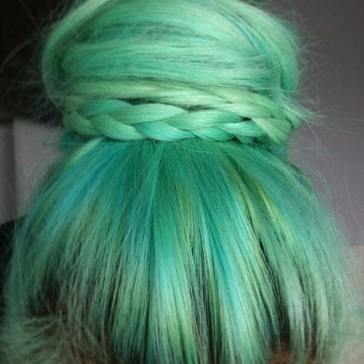 diy-hair-10-green-hair-color-ideas