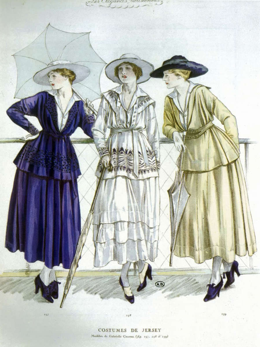 The belted tunic look soon gave way to a waistless, or drop waist silhouette.