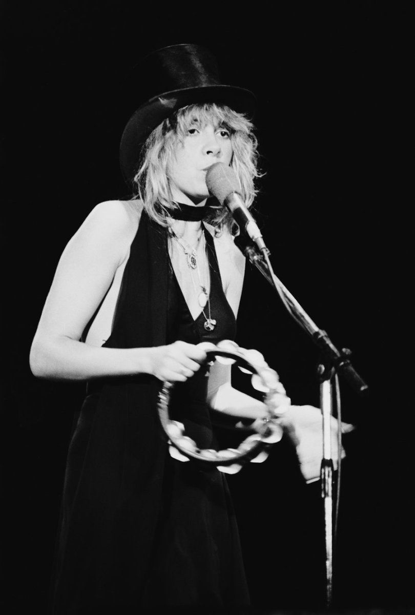 Stevie Nicks, 1977