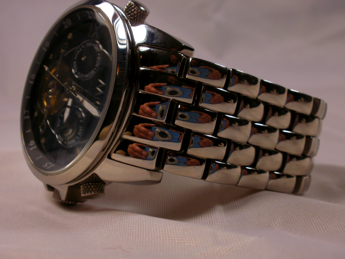 Aatos automatic with stainless steel strap
