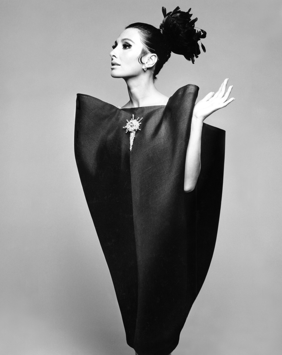 Hiro (b.1930) Alberta Tiburzi in 'envelope' dress by Cristobal Balenciaga, Harper's Bazaar, June 1967. Copyright Hiro 1967. Balenciaga: Shaping Fashion is at the V&A from 27th May 2017-18th February 2018. vam/ac.uk/balenciaga