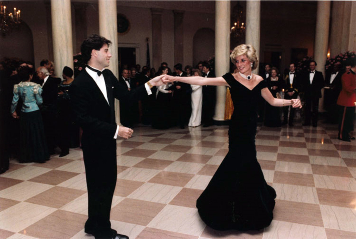 John Travolta and Princess Diana dancing in 1985.