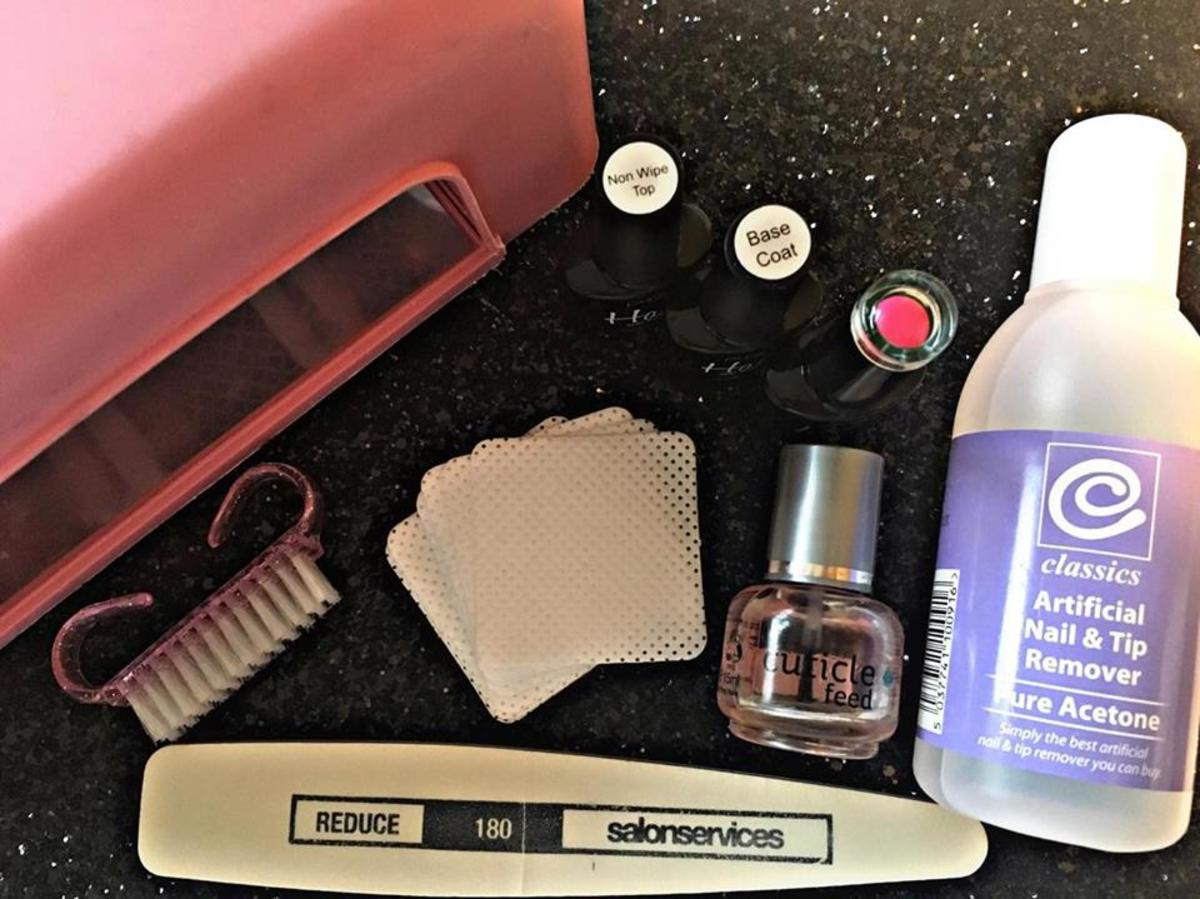 What you will need to complete a gel manicure at home