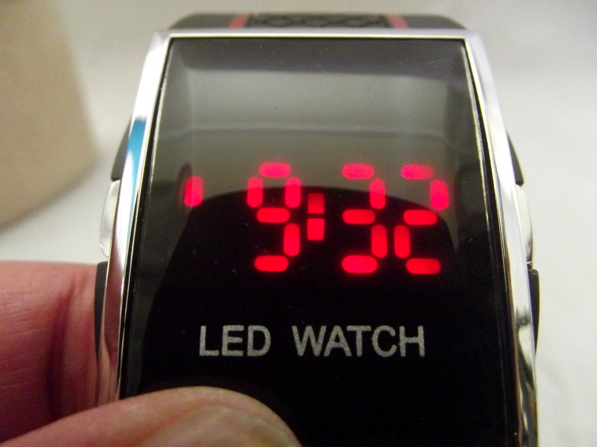 Men's Luxury Date Digital Sport LED Watch