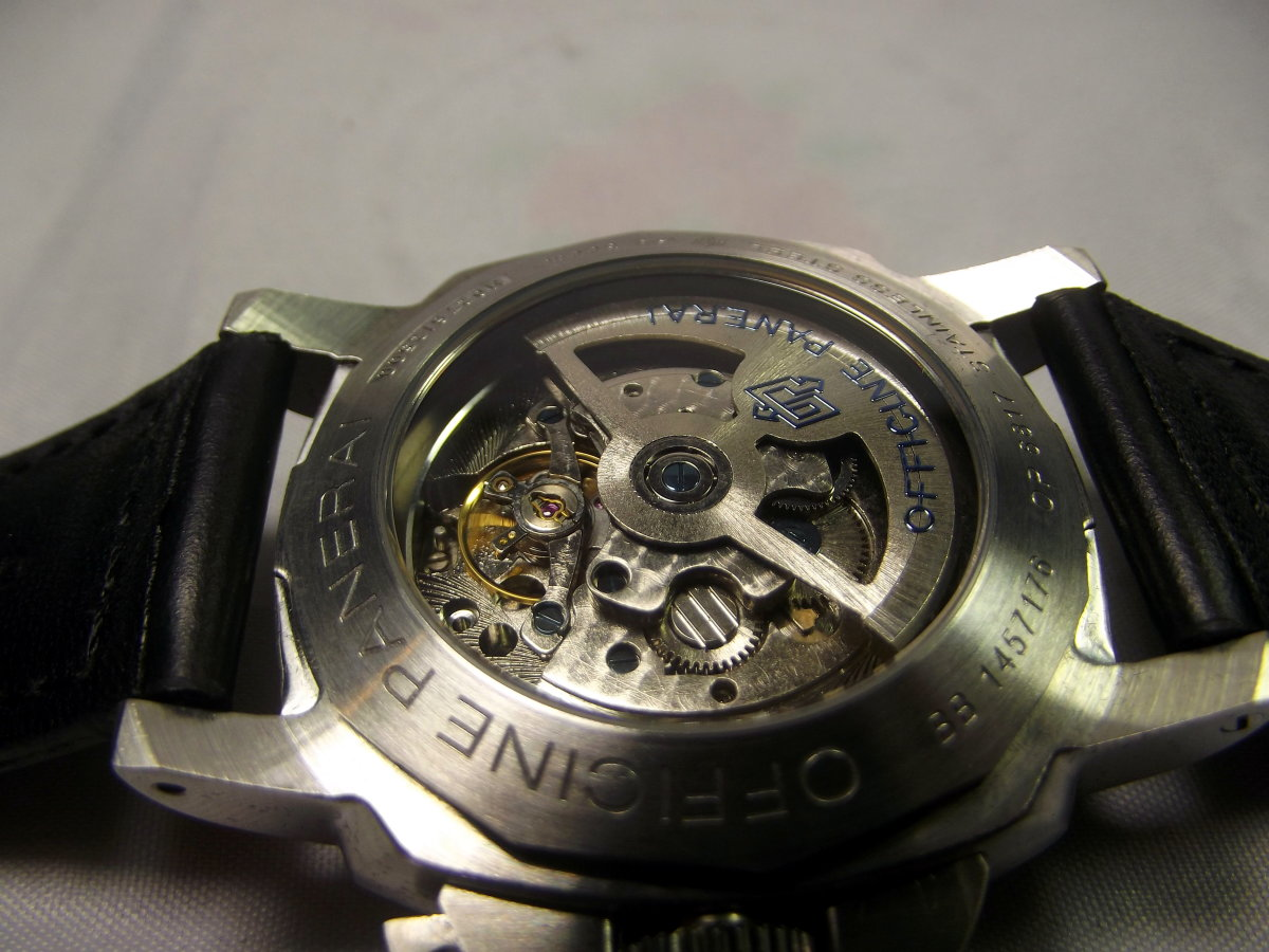 Surprisingly, my Replica Panerai Luminor Marina came equipped with an automatic movement