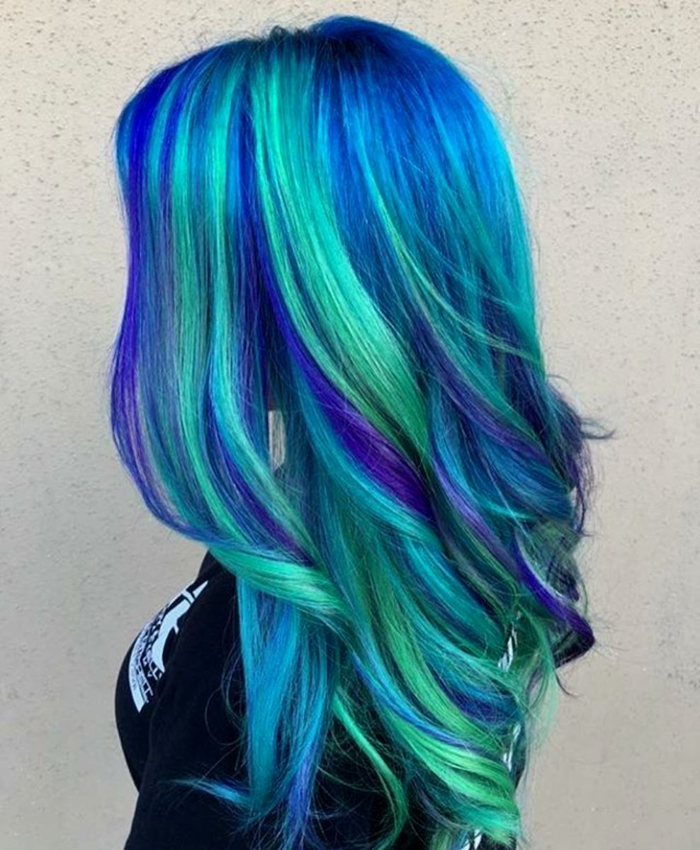 Blue hair with green highlights
