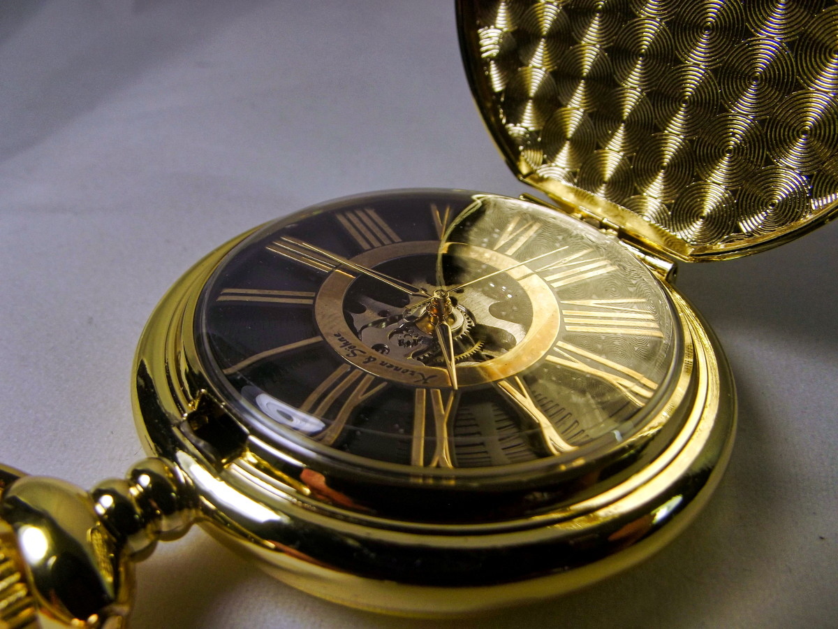 Kronen & Söhne KSP034 Mechanical Pocket Watch.