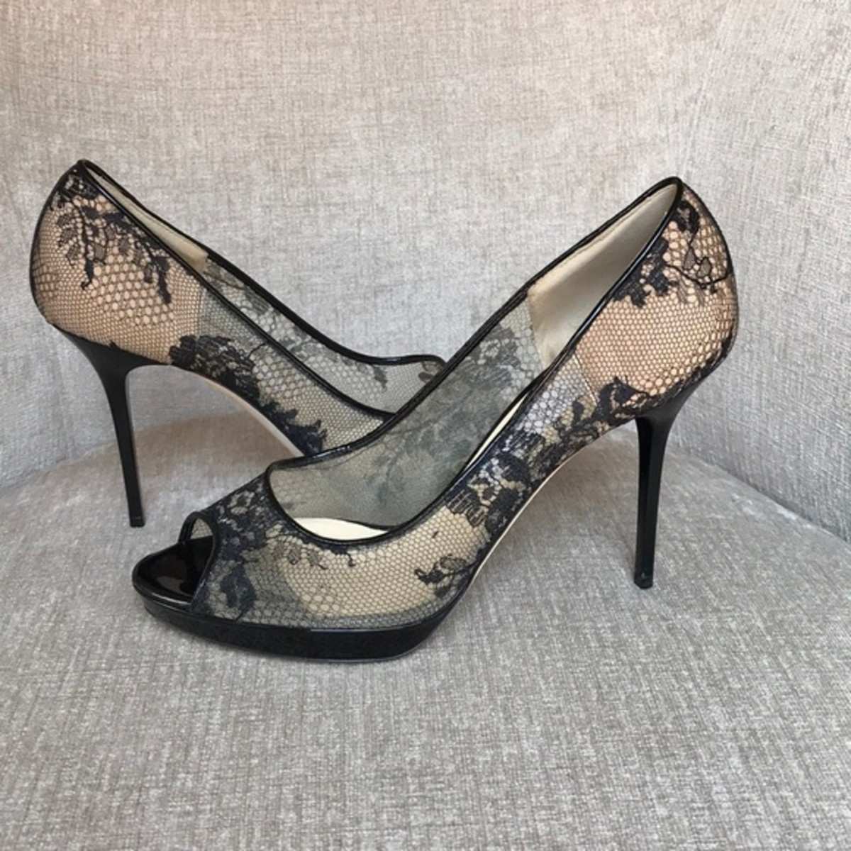 Lace Platform Pumps
