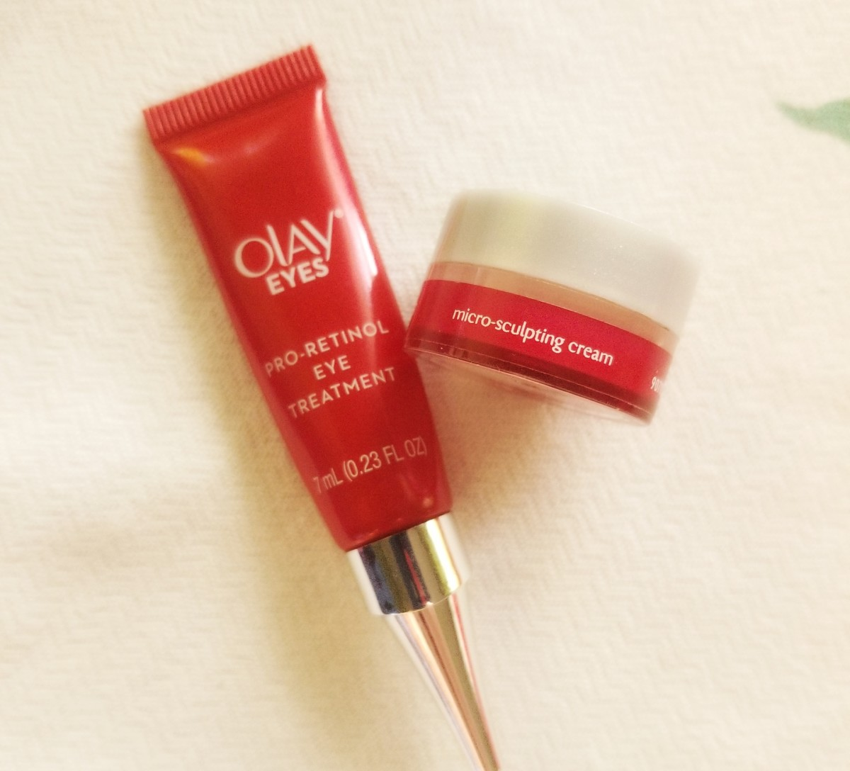 *I received these Olay samples complimentary for testing purposes. All opinions are my own.* These drastically changed the look and feel of my skin!