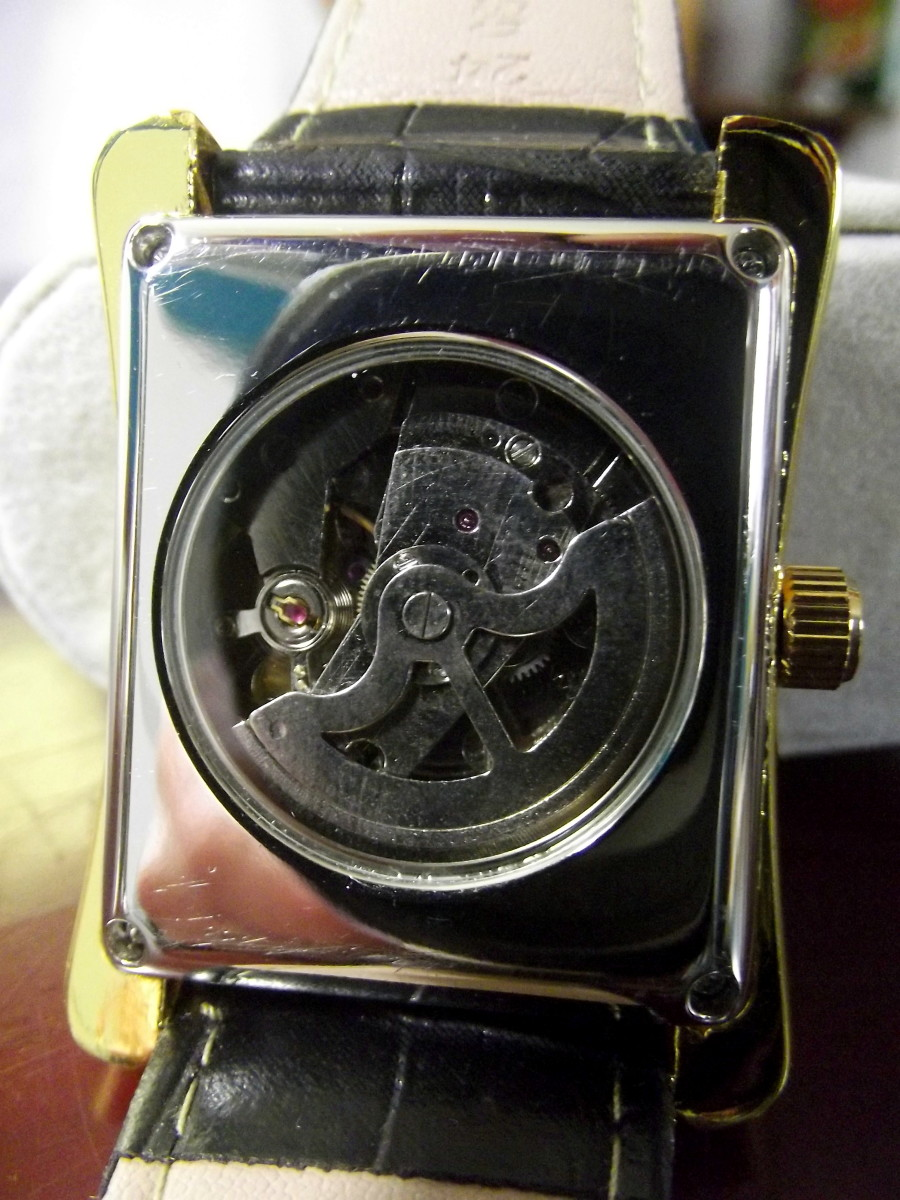 Caseback of Sewor 065 Automatic Watch, displaying this watch's automatic movement