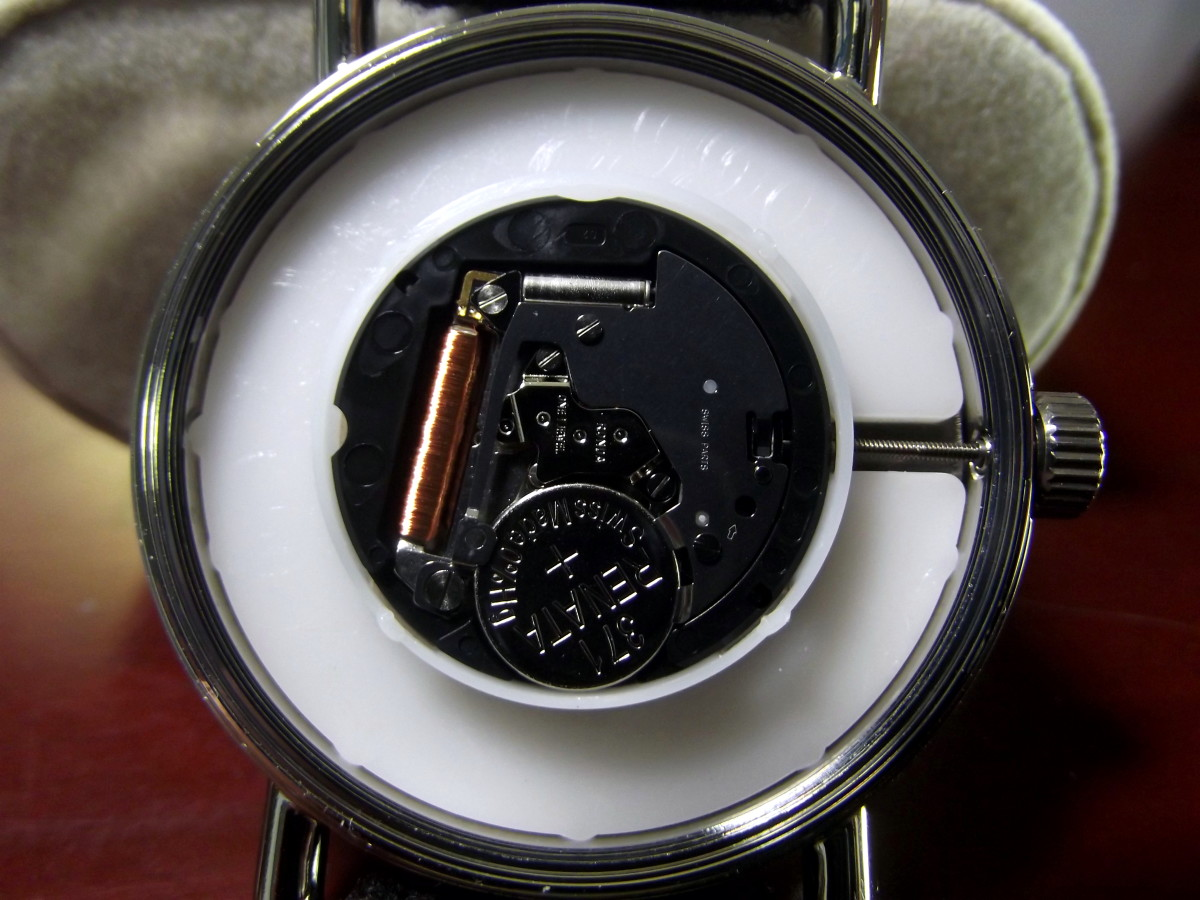 Ronda 505 quartz movement of J. Brackett Camden Quartz Watch