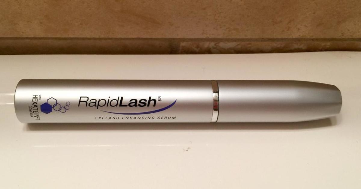 Product Review: Rapidlash Eyelash Enhancing Serum