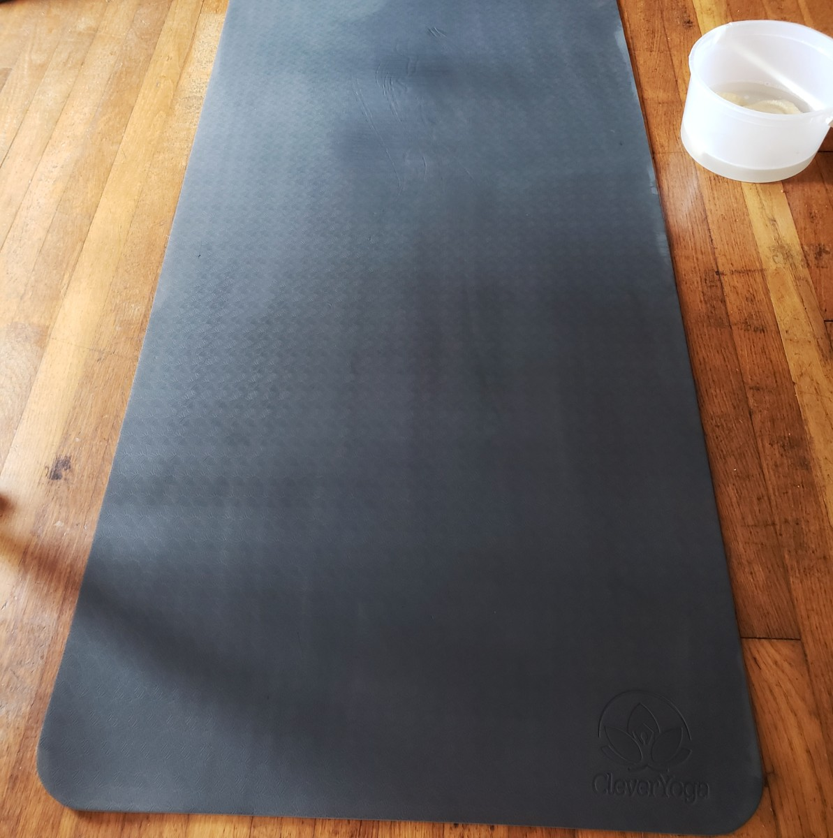 A Quick and Simple Way to Clean Your Yoga Mat