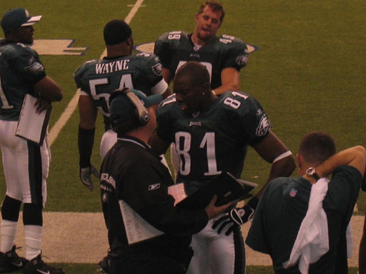 Former Philadelphia Eagles WR Terrell Owens on sideline during an Eagles-Cowboys game