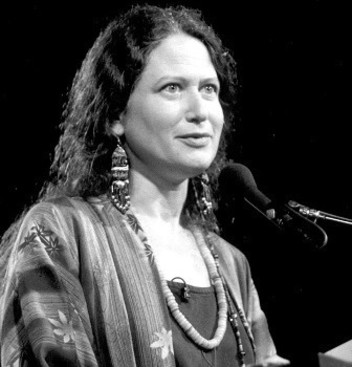 Analysis of Poem My Skeleton by Jane Hirshfield