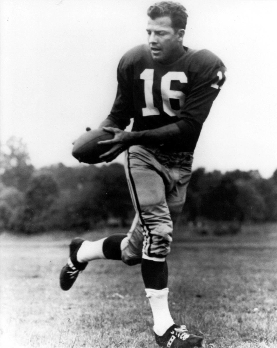 Frank Gifford of the New York Giants.