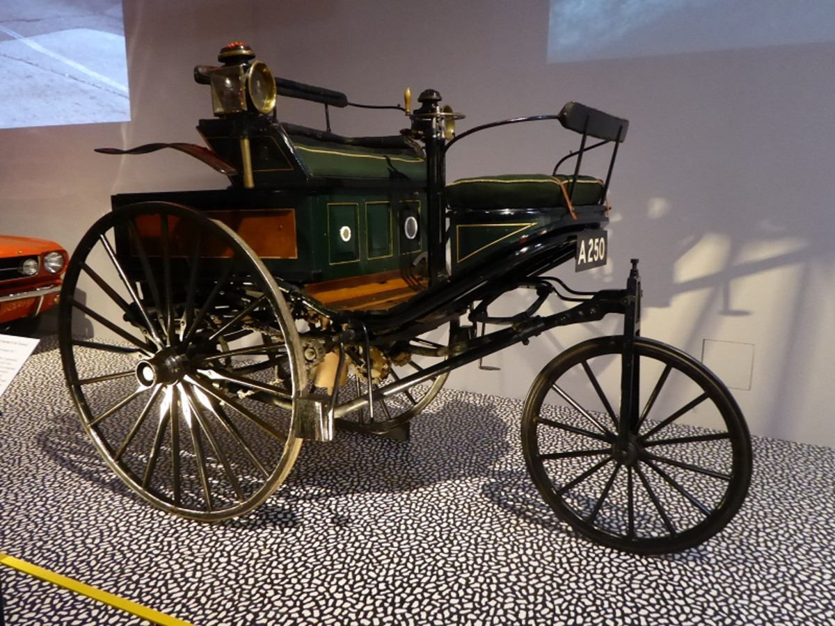 Patent-Motorwagen No. 3 Karl Benz 1888. Image by Frances Spiegel 2019 with permission from V&A Museum. All rights reserved.