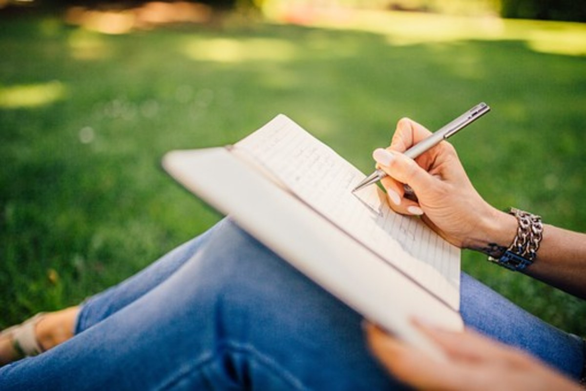 Writing : A First Love on the Side