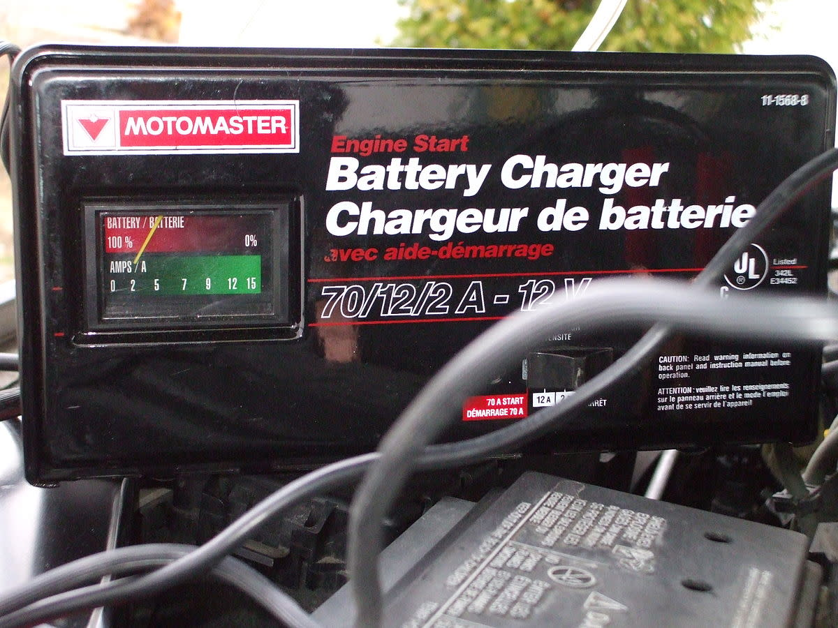 Using a Battery Maintainer or Trickle Charger