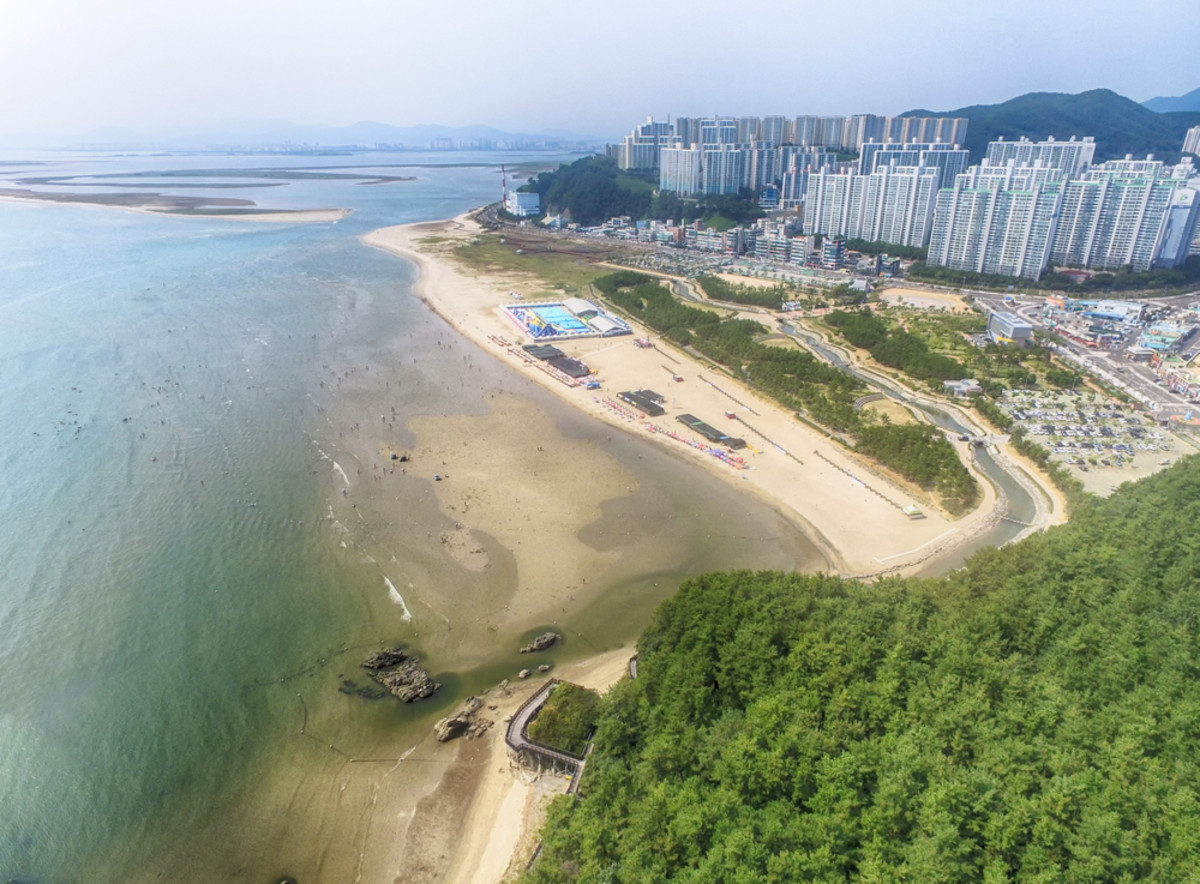 Dadaepo Beach in Busan