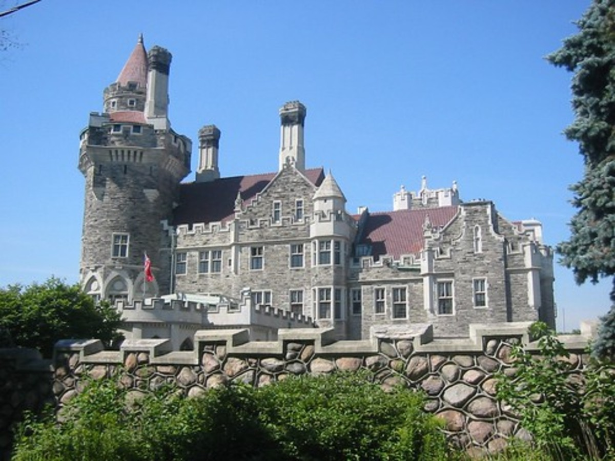 Toronto's Casa Loma and Its Ghosts