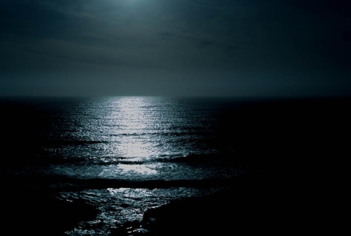 Silver Moon-Haiku