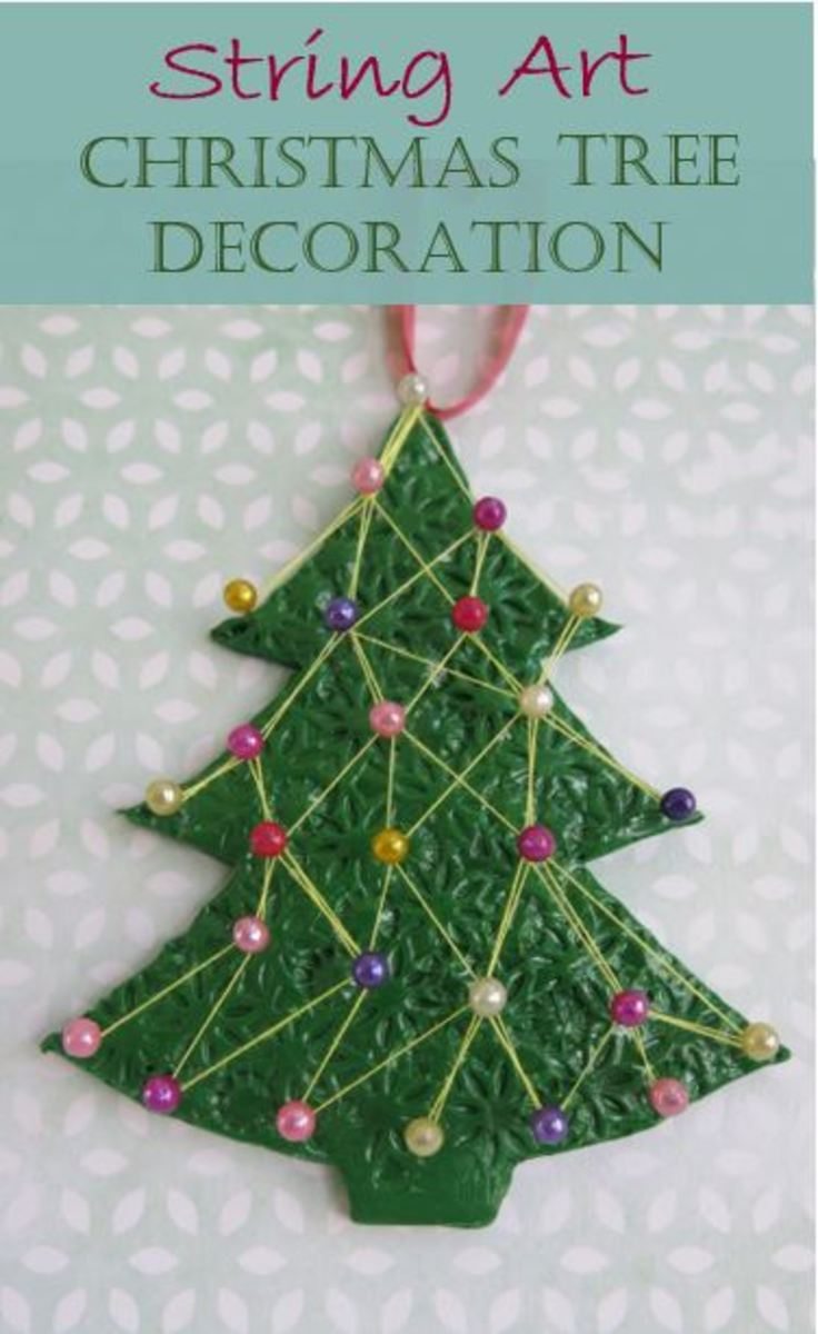 How to Make a String Art Christmas Tree Decoration